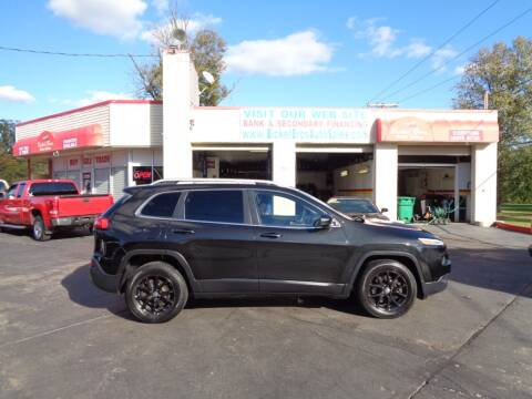 2014 Jeep Cherokee for sale at Bickel Bros Auto Sales, Inc in Louisville KY