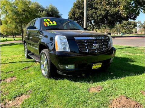 2009 Cadillac Escalade for sale at D & I Auto Sales in Modesto CA
