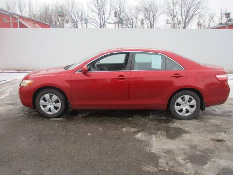 2009 Toyota Camry for sale at Chaddock Auto Sales in Rochester MN