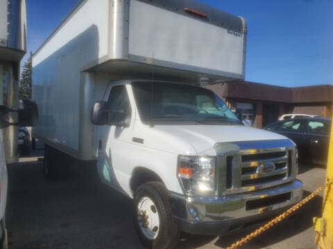 2008 Ford E-Series Chassis for sale at J & J Used Cars inc in Wayne MI
