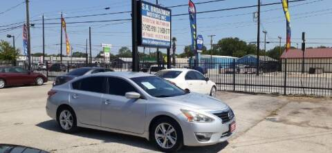 2013 Nissan Altima for sale at S.A. BROADWAY MOTORS INC in San Antonio TX