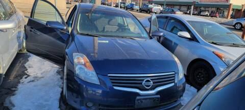2009 Nissan Altima for sale at JORDAN AUTO SALES in Youngstown OH