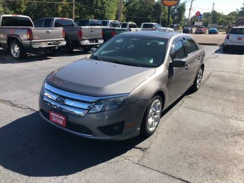 2010 Ford Fusion for sale at Parkside Auto Sales & Service in Pekin IL