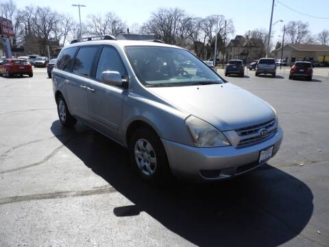 2008 Kia Sedona for sale at Grant Park Auto Sales in Rockford IL