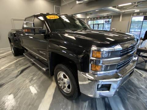 2015 Chevrolet Silverado 3500HD for sale at Crossroads Car & Truck in Milford OH
