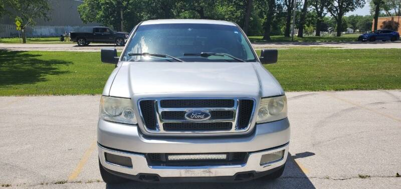 2005 Ford F-150 for sale at Luxury Cars Xchange in Lockport IL