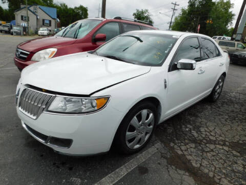 2012 Lincoln MKZ for sale at WOOD MOTOR COMPANY in Madison TN