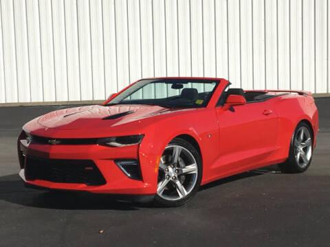 2018 Chevrolet Camaro for sale at ROGER JENNINGS INC in Hillsboro IL