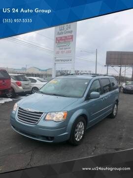 2009 Chrysler Town and Country for sale at US 24 Auto Group in Redford MI