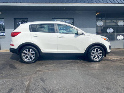 2016 Kia Sportage for sale at Auto Credit Connection LLC in Uniontown PA