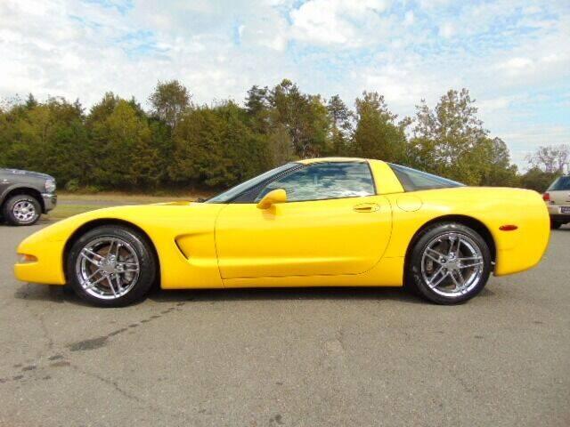 2003 Chevrolet Corvette for sale at E & M AUTO SALES in Locust Grove VA