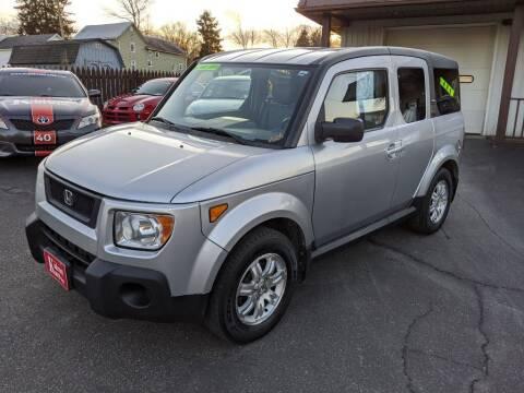 2006 Honda Element for sale at Kidron Kars INC in Orrville OH
