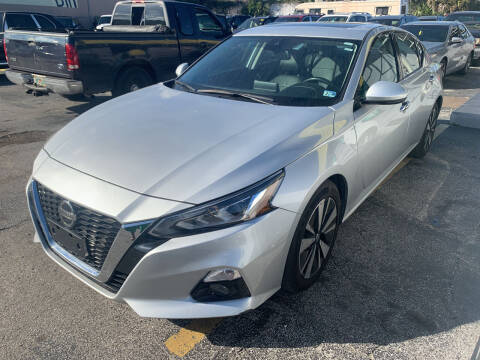 2019 Nissan Altima for sale at Castle Used Cars in Jacksonville FL