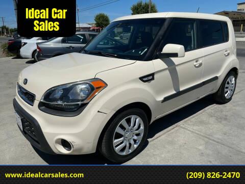 2013 Kia Soul for sale at Ideal Car Sales in Los Banos CA