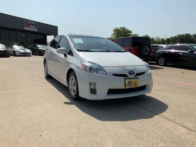 2010 Toyota Prius for sale at KIAN MOTORS INC in Plano TX