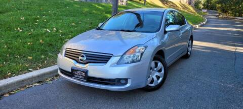 2009 Nissan Altima for sale at ENVY MOTORS in Paterson NJ