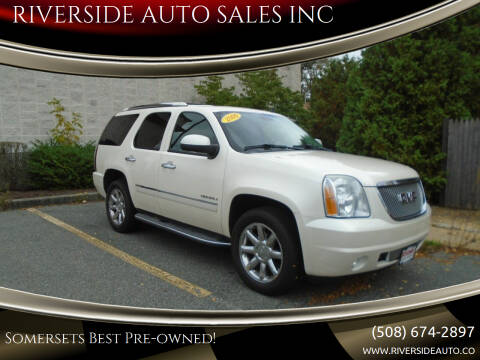 2009 GMC Yukon for sale at RIVERSIDE AUTO SALES INC in Somerset MA