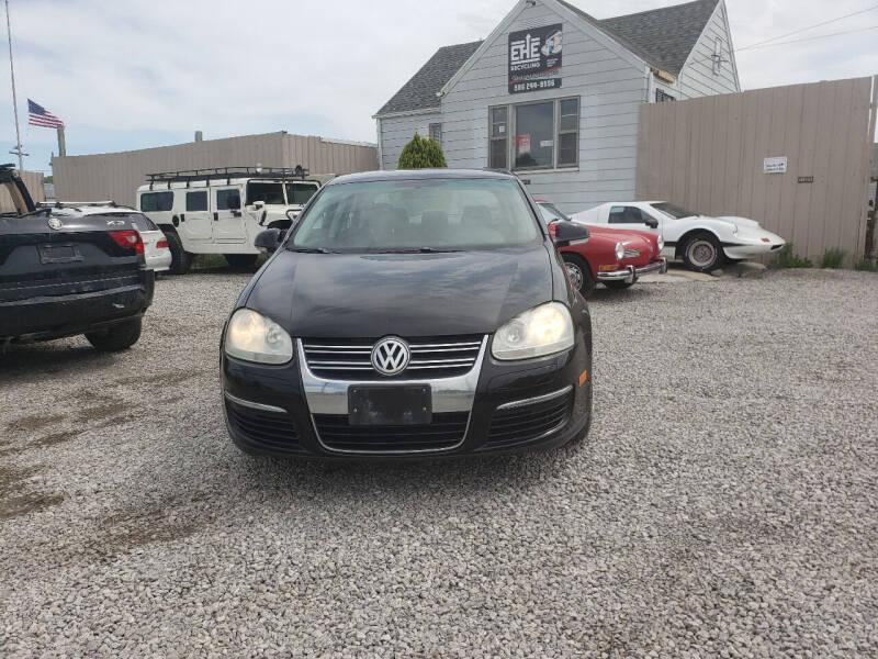 2008 Volkswagen Jetta for sale at EHE Auto Sales in Marine City MI