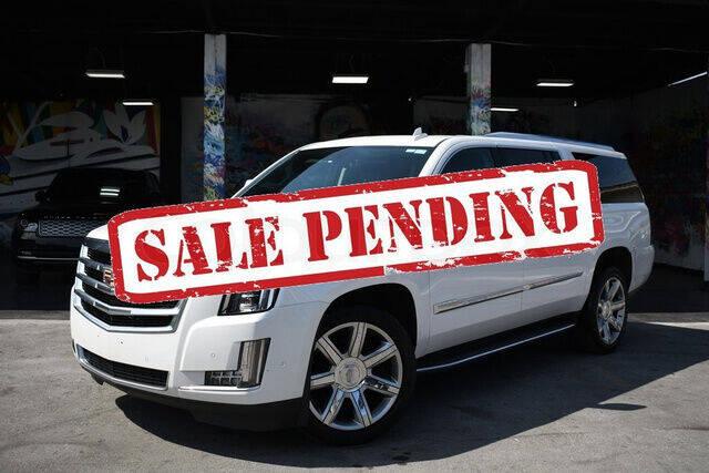 2020 Cadillac Escalade ESV for sale at ELITE MOTOR CARS OF MIAMI in Miami FL