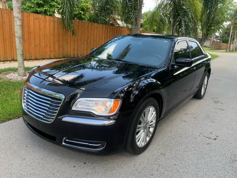 2014 Chrysler 300 for sale at FINANCIAL CLAIMS & SERVICING INC in Hollywood FL