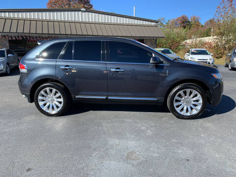 2013 Lincoln MKX for sale at MARLAR AUTO MART SOUTH in Oneida TN