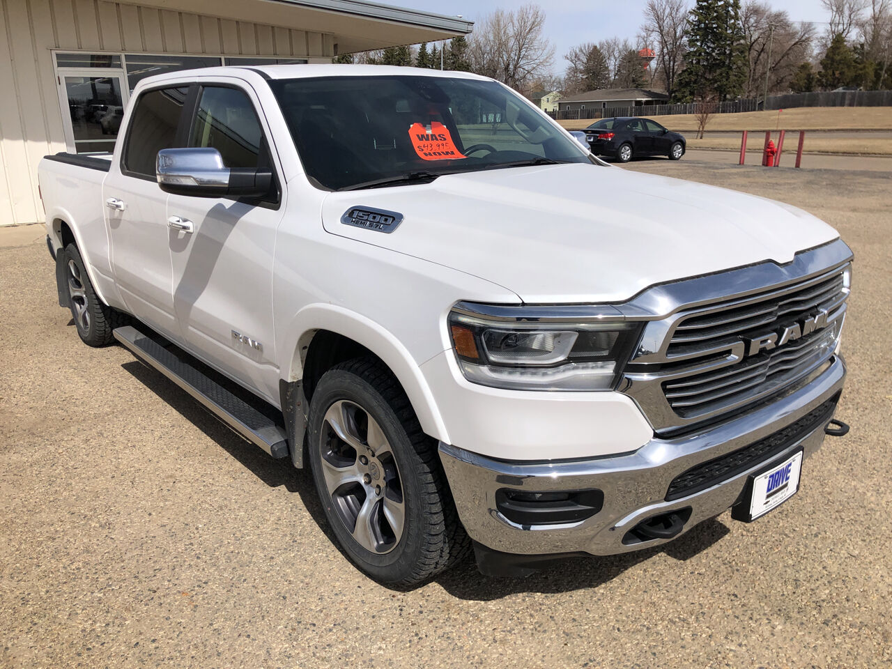 Pre-Owned 2019 RAM Ram Pickup 1500 Laramie 4x4 4dr Crew Cab 6.4 ft. SB Pickup Four Wheel Drive Pickup Truck