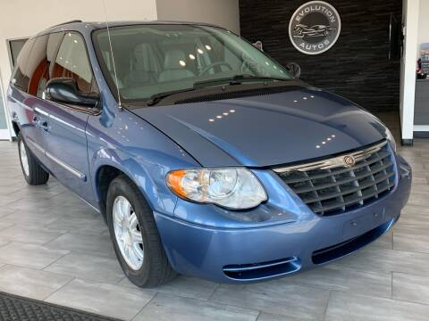 2007 Chrysler Town and Country for sale at Evolution Autos in Whiteland IN