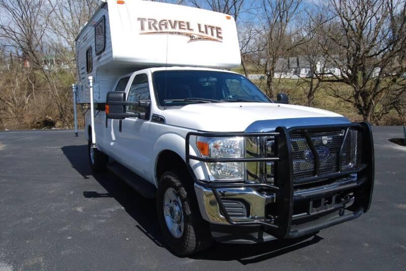 2016 TRAVEL LITE 770RSL for sale at DOE RIVER AUTO SALES in Elizabethton TN