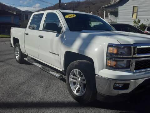2014 Chevrolet Silverado 1500 for sale at BSA Pre-Owned Autos LLC in Hinton WV