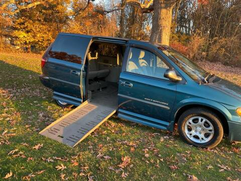 2002 Dodge Grand Caravan for sale at Choice Motor Car in Plainville CT