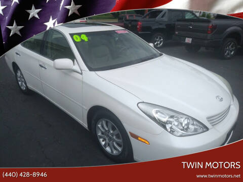 2004 Lexus ES 330 for sale at TWIN MOTORS in Madison OH