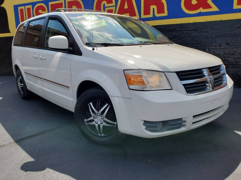 2008 Dodge Grand Caravan for sale at B & R Motor Sales in Chicago IL
