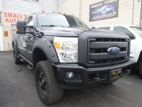 2014 Ford F-350 Super Duty for sale at Small Town Auto Sales in Hazleton PA