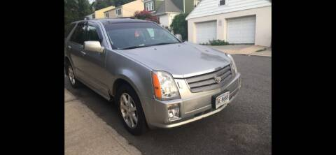 2005 Cadillac SRX for sale at Deleon Mich Auto Sales in Yonkers NY