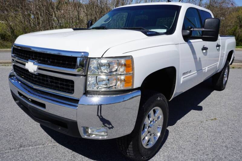 2014 Chevrolet Silverado 2500HD for sale at Modern Motors - Thomasville INC in Thomasville NC
