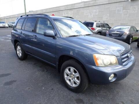 2001 Toyota Highlander for sale at DONNY MILLS AUTO SALES in Largo FL