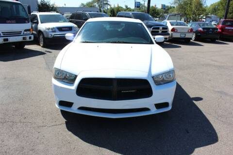 2013 Dodge Charger for sale at BANK AUTO SALES in Wayne MI