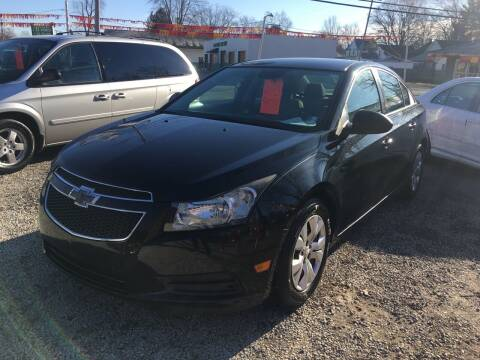 2013 Chevrolet Cruze for sale at Antique Motors in Plymouth IN