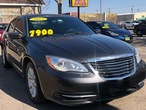 2014 Chrysler 200 for sale at El Tucanazo Auto Sales in Grand Island NE
