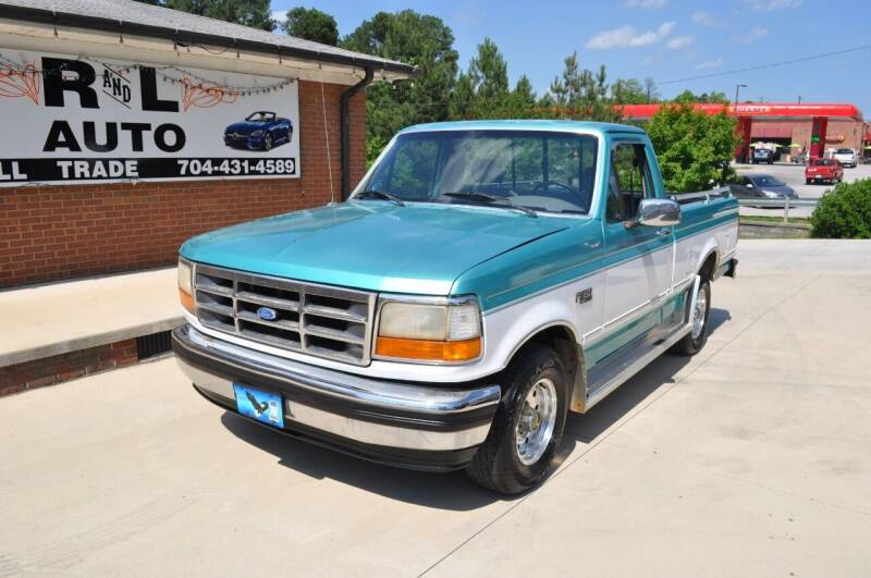 1995 Ford F-150 for sale at R & L Autos in Salisbury NC