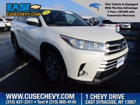 2017 Toyota Highlander for sale at East Syracuse Performance Sales & Service in Syracuse NY