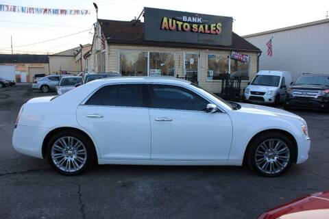 2011 Chrysler 300 for sale at BANK AUTO SALES in Wayne MI