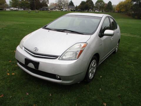 2008 Toyota Prius for sale at Triangle Auto Sales in Elgin IL