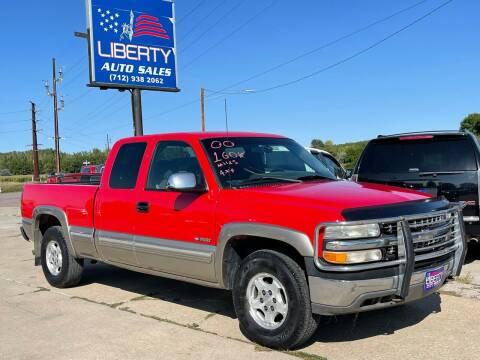 2000 Chevrolet Silverado 1500 for sale at Liberty Auto Sales in Merrill IA