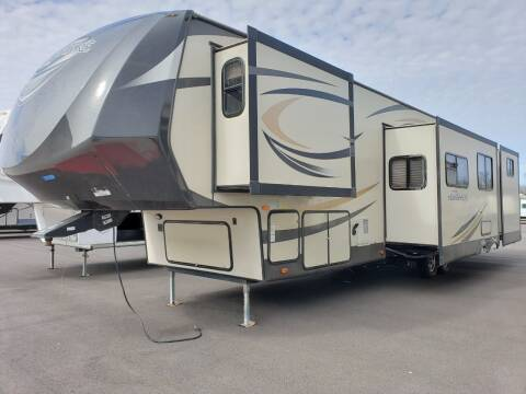2015 Forest River hemisphere 356QB  for sale at Ultimate RV in White Settlement TX