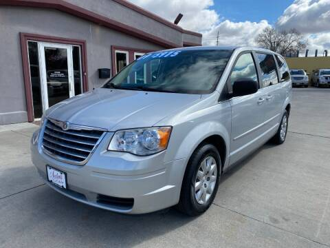 2009 Chrysler Town and Country for sale at Sexton's Car Collection Inc in Idaho Falls ID