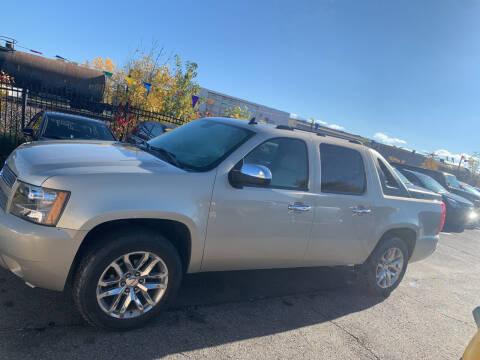 2007 Chevrolet Avalanche for sale at Los Arreglados Auto Sales in Worthington MN