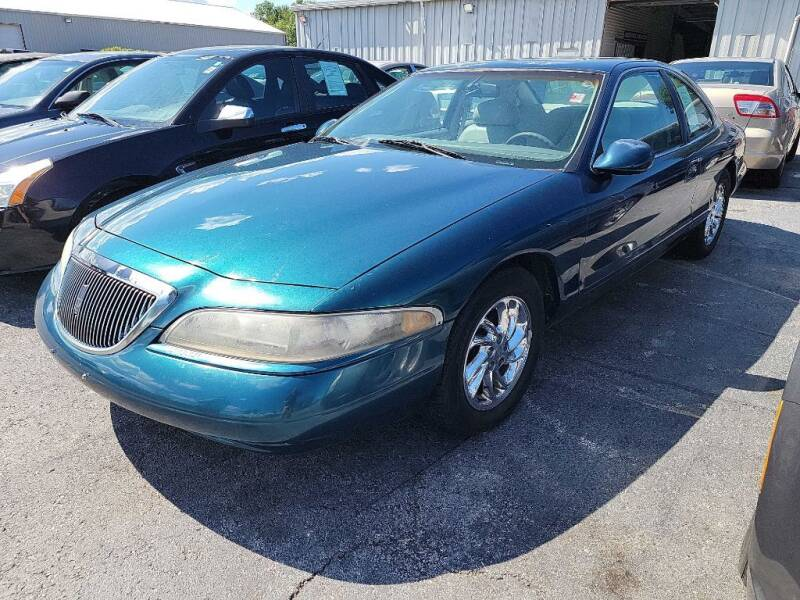 1997 Lincoln Mark VIII for sale at Lakeshore Auto Wholesalers in Amherst OH
