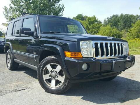 2007 Jeep Commander for sale at GLOVECARS.COM LLC in Johnstown NY