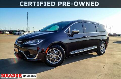 2017 Chrysler Pacifica for sale at Meador Dodge Chrysler Jeep RAM in Fort Worth TX